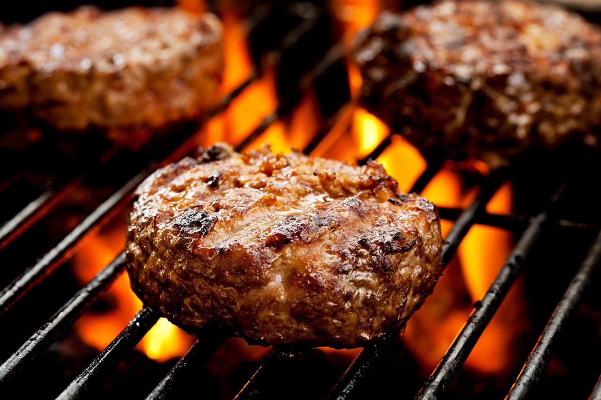 Selbstgemacht: Leckere Burger vom Grill.