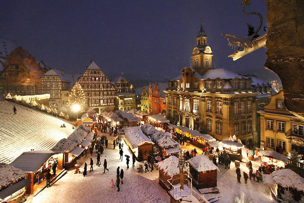Schlemmen auf dem Weihnachtsmarkt