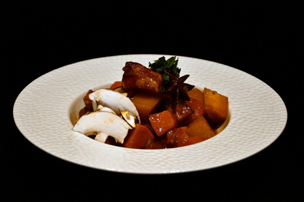 Unsere Heimatküche (9): Pikanter Eintopf mit Schwäbisch-Hällischem Schweinefleisch